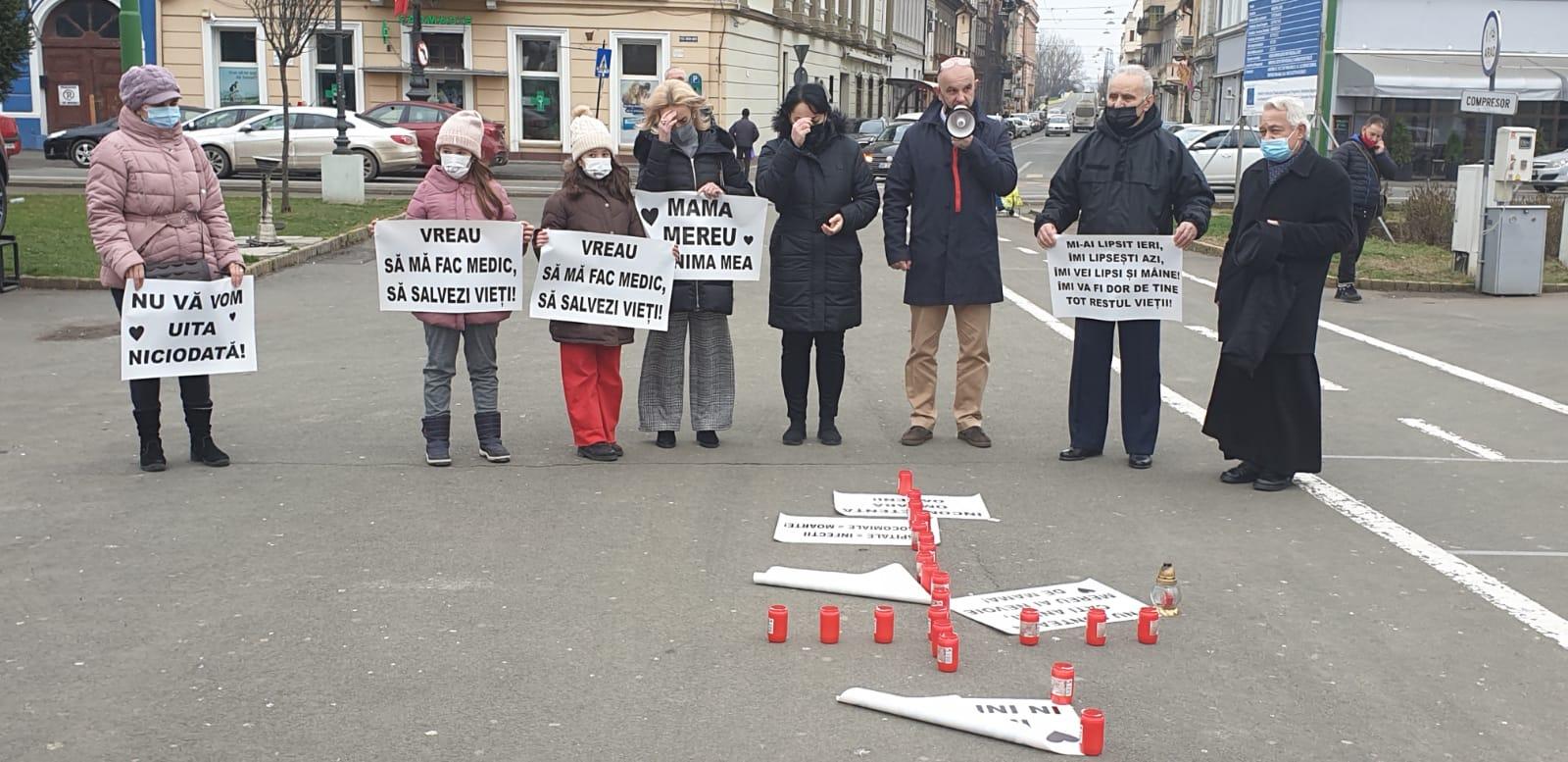Protest-comemorare în Piaţa Avram Iancu FOTO: V.O.