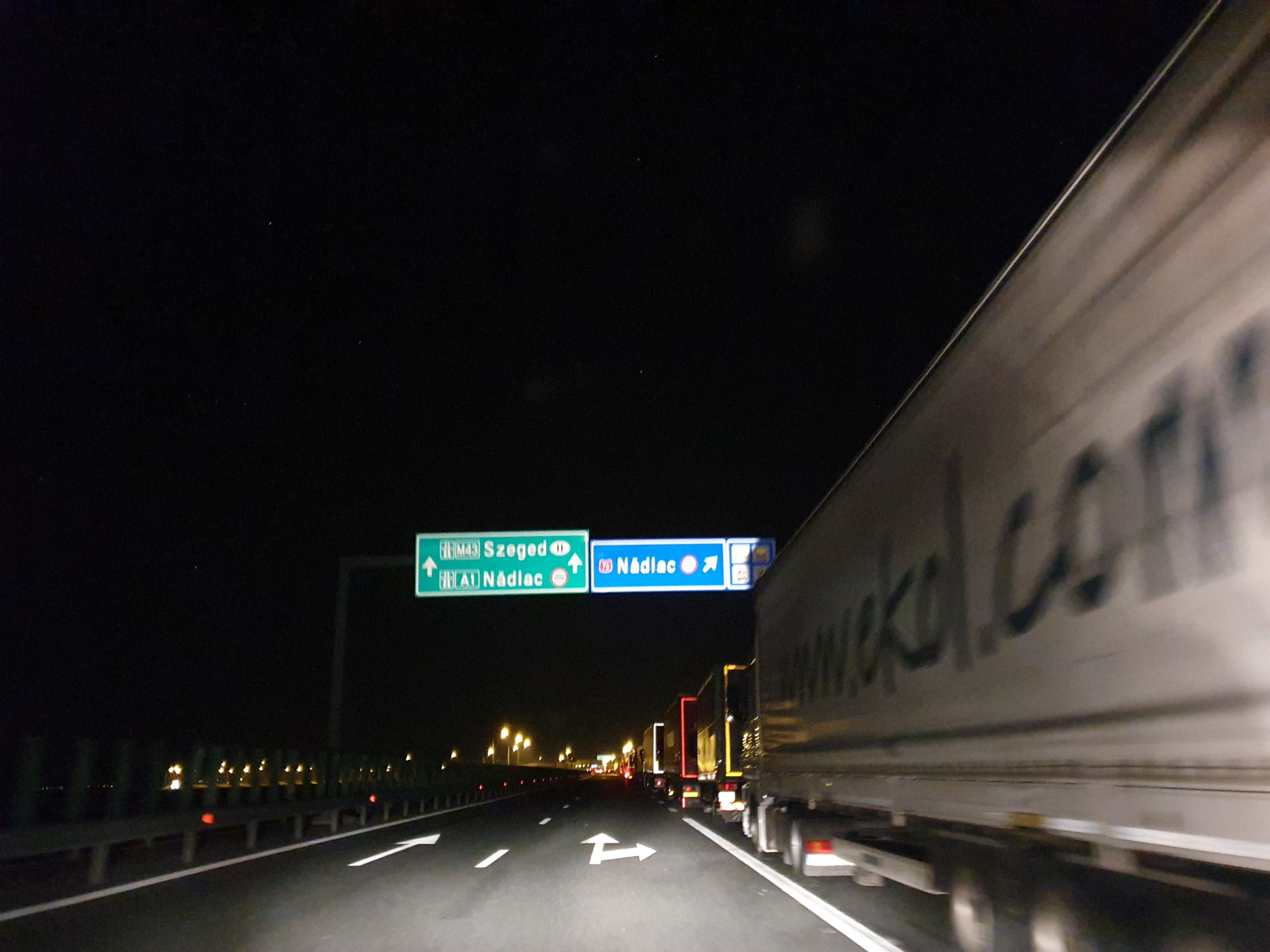 S-a bătut recordul la coada de camioane pe autostradă  FOTO