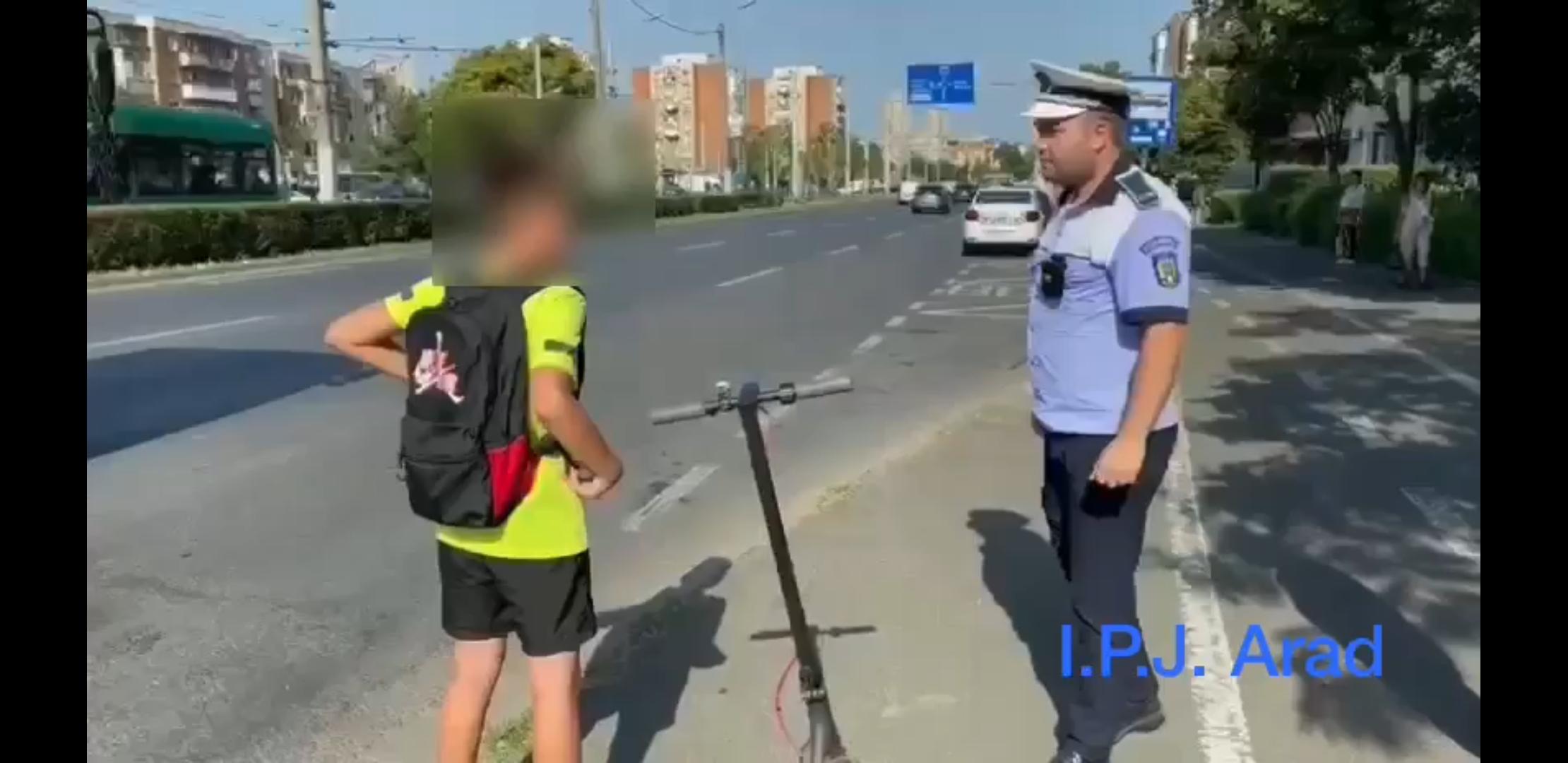 Bicicletele și trotinetele, controlate de polițiști